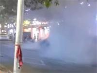 龙里大十字汽车自燃事件,大家要提高安全防范意识