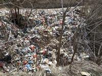农村的垃圾只是从村里搬到村外