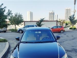 2010款大眾帕薩特汽車