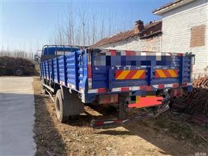 凯马骏驰115马力5.8米排半平板货车