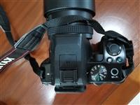 宾得单反相机,型号k一S2,带18一55mm和55一300mm变焦头,99成新。赠送uⅤ镜,遮光罩,...