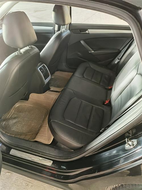 2013款1.8T帕薩特,個人一手車低價急出,具體面議!