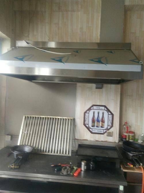 冷展柜,冰柜,消毒柜,水槽,案臺,座椅,燒烤爐,烤腸機,煙罩(**),油煙凈化器(**),吧臺(**...