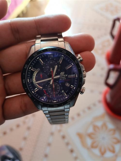 日本CASIO卡西歐手表男碳纖維運動男表太陽能機芯防水手表  買了兩個月  幾乎沒怎么帶  保修卡說...