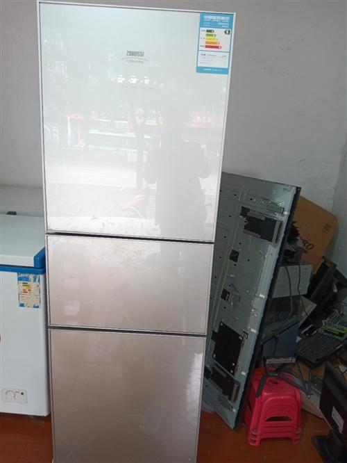 转让3开门冰箱一台,232升的,9成新,