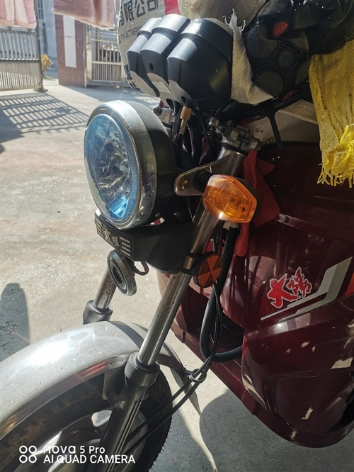 大阳三轮摩托车9成新,证件齐全,跑了384公里,今年2至3年左右很少开,车子一点毛病没有,绝对诚实守...