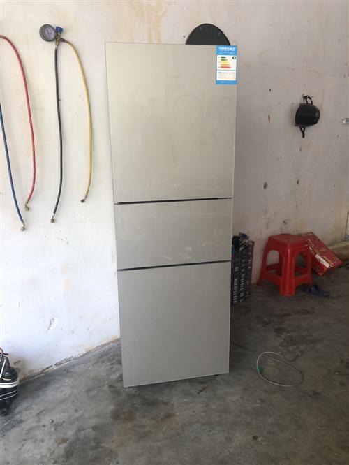 出售一台三层216升冰箱