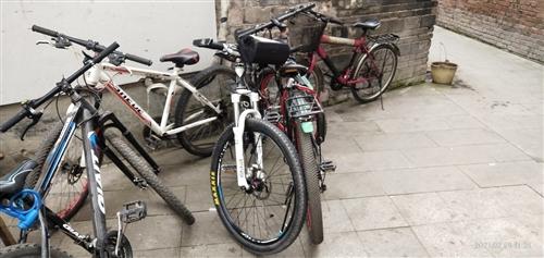 二手自行车,200以内,喜欢的联系!大足区步行街交易!不支持邮寄!