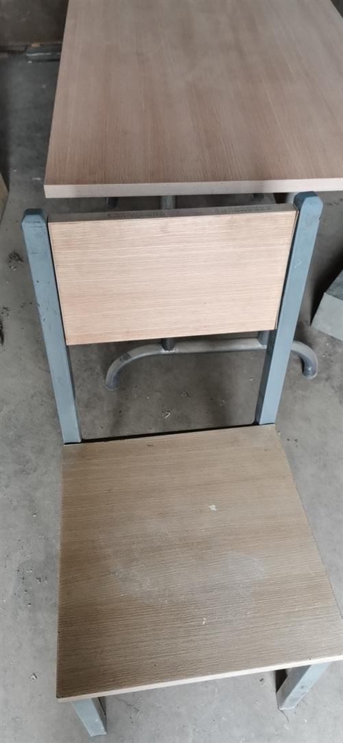 桌子蒸笼椅子低价出售