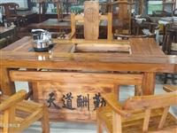 实木茶桌   博古架  实木餐桌椅   代购沙发  佛龛  床  地址长葛市中创国际博览城