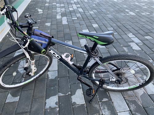 二手自行车出售 有意者打电话咨询