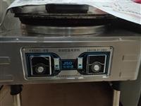 电饼铛是三相电的,冰柜180/80的,和面机是三相电的