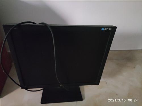 LG    19寸的顯示器。因買了32寸所以出售,功能完好,可以方面試機。60塊錢。要的拿走。議價勿...