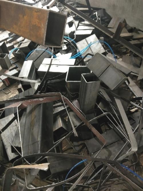 回收,拖拉机,摩托车,三轮车,钢筋,钢管,扣件,围挡,铁,铜,铝,模板,木方,托盘,包装箱,二手设备...