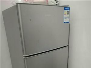 杨庄公租房小冰箱,适合单人宿舍使用