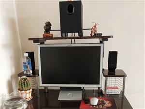 电脑桌椅一套,闲着基本没用,有意者联系,价格面议