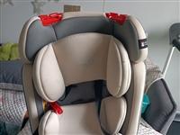 儿童安全座椅出售,9成新,才买几个月