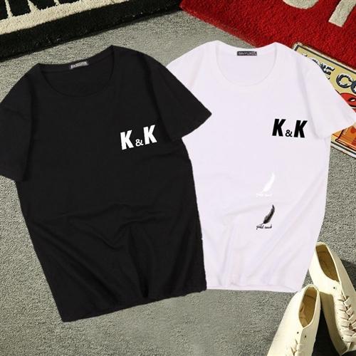 有40件左右純棉T恤處理,擺地攤的可以收購,以下圖片只是部分款式,想收購的聯系