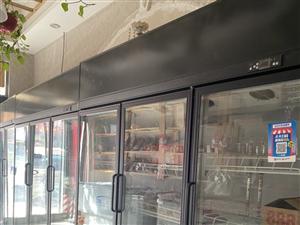 三开门风冷柜,1.8米,定制款的六千多,无拆无修,制冷快,双层门不起雾,适合火锅店,便利店,串串香等...