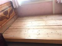 宽1.5米长2米床架,完好、结实。有需要的可联系!