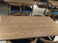 青州市区美食城没用过的**餐桌餐椅,电磁炉,冷藏柜,托盘等用品出售,半价处理。