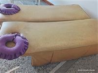 出售美容按摩床两张  送头枕