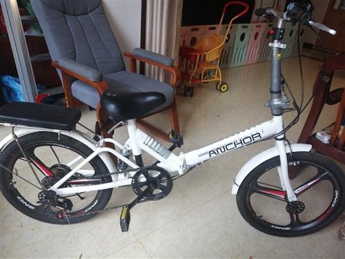 20寸天津飞鸽折叠自行车,买来没怎么骑,新买4百多,还很新。