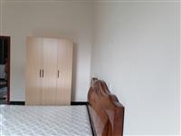 住房出租,2室2厅,精装修。东进路附近