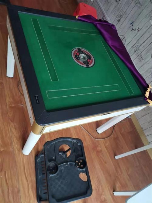 闲置的两台麻将机出售,可单独出也可双出。