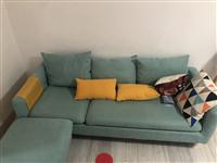 闲置沙发一套,刚买一个月因出门不用了便宜转让,地址环城西路电话13479992667