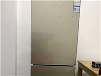 出售闲置康佳冰箱、万和热水器,九层新,寻乌县四平家电买的,当时热水器和冰箱都是一千多的,个人用的比较...