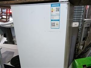 康佳150升小冰箱八成新低价出售