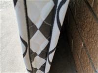 椰棕床垫,拆封基本没咋用,很干净200×180,7个厚,近的可送货,不包邮,19954336246