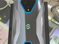 黑鲨3,5G版,12+256G,打游戏很厉害