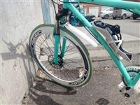 死飞自行车,前刹后刹,座子刚换,起了也没多久,原价270买的,加上换坐和垫一共320,现在230就出...