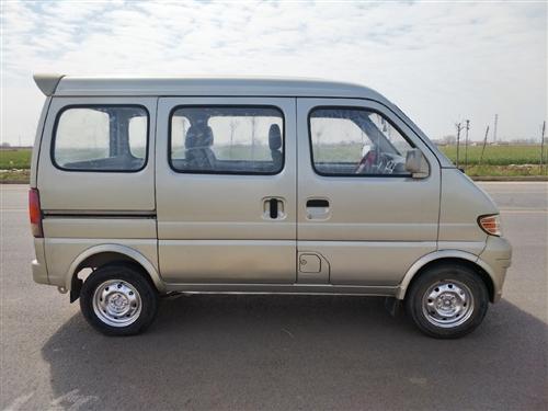 价格:6700元,电话:15615161788      长安面包车转让,车况好,手续全,非常好开,...