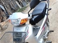 豪爵摩托车,已跑1600公里,价格可商量,地址:易县东邵中村