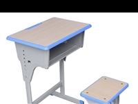 九成新学生桌椅