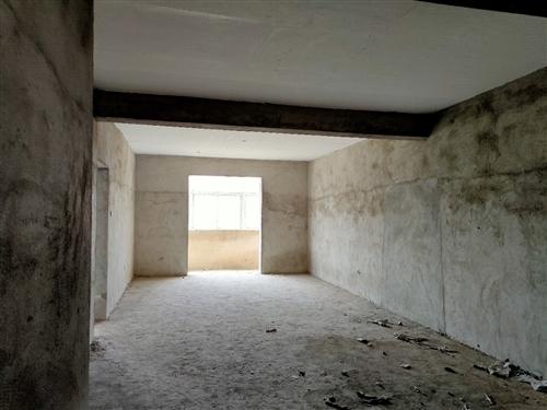 幸福家園(桐城)3室2廳1衛 面積124.9平米,房屋布局合理,雙陽臺,采光好。對面就是西郊公園,附...