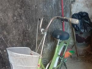 本人出售一辆自行车,85成新,好用不坏