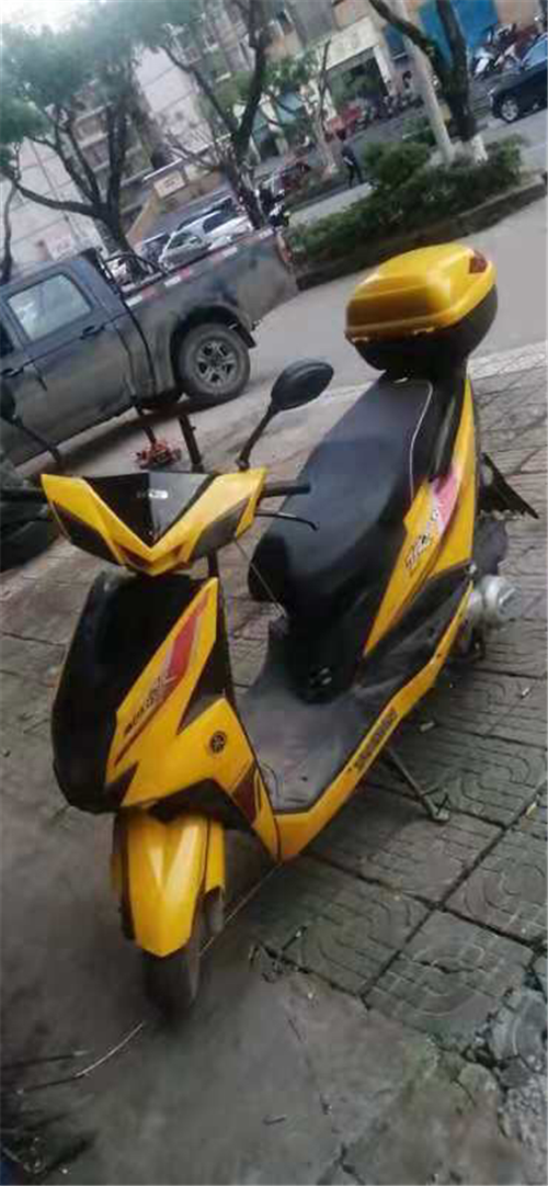 创新三洋,自家摩托车