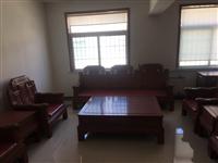 红木家具,沙发一套,因公司发展,需要搬迁场地,现出售一整套红木家具,有需要的联系。