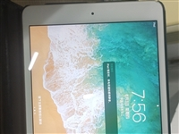 iPadmini2 WiFi版 16g 95新,带保护壳膜充电器
