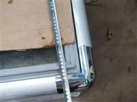 出售刚使用 三个月多一点的冷柜  长1.8米  宽80   嘎嘎新 铜管 制冷非常好