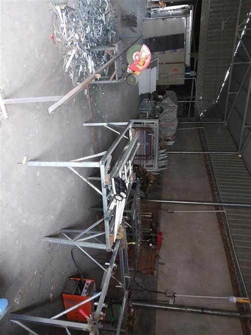 家具厂转让,,有烤漆房和静电喷粉各一套,空压机俩台,二保焊机俩台,切割机一台。台钻两台,围边机和电动...