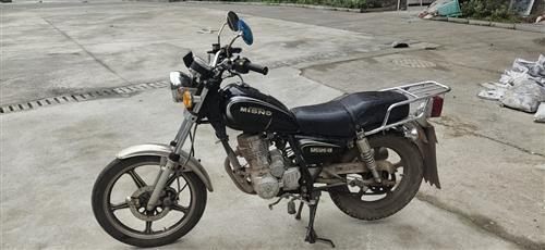 二手摩托车出售,8成新,价格面议,非诚勿扰