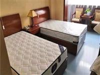 弹簧床垫  一米五,一米八 ,一米二都有  仅限自提