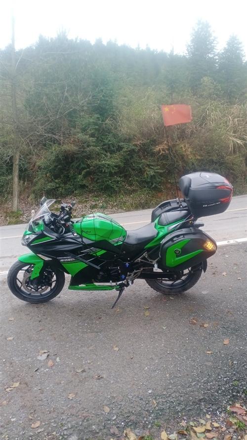 便宜处理一手闲置摩托车,买到就是赚到,行驶里程少,七八成新,200CC机器,证件齐全,价格优惠必须过...