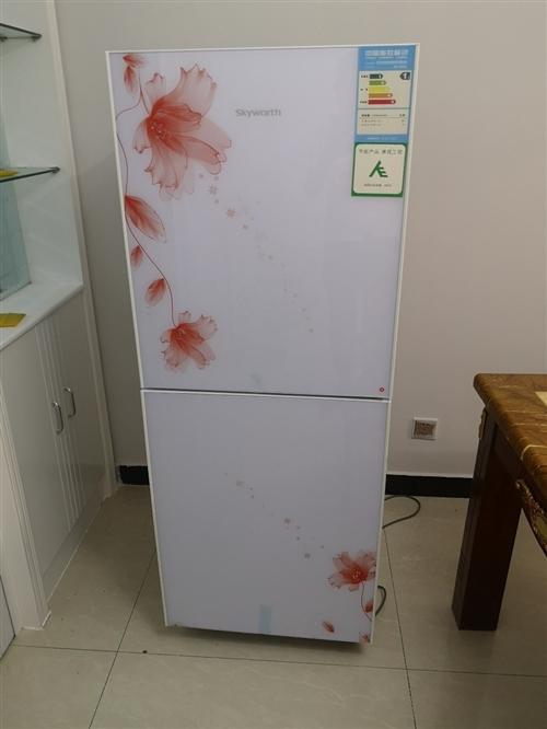 钢化玻璃面板,1级耗能,冷藏室109升,冷冻室72升,节能省电