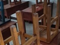有课桌椅和学生床出售,价格便宜,需要请电话联系